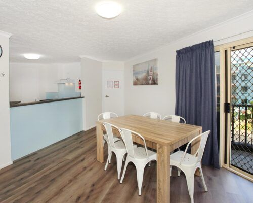 kings-beach-second-floor-apartments-unit-10 (5)