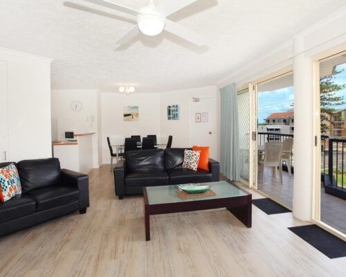kings-beach-second-floor-apartments-unit-8-new (3)