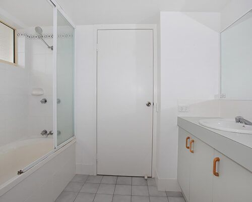 kings-way-apartment-unit-14-DO-NOT-USE (10)